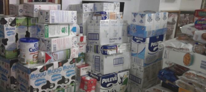 Recogidos más de 1800 kilos de alimentos no perecederos.
