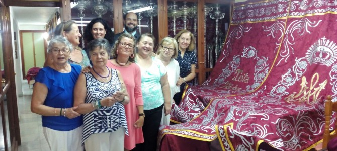 Últimas pinceladas para la Coronación (Artículo publicado en Huelva Información)